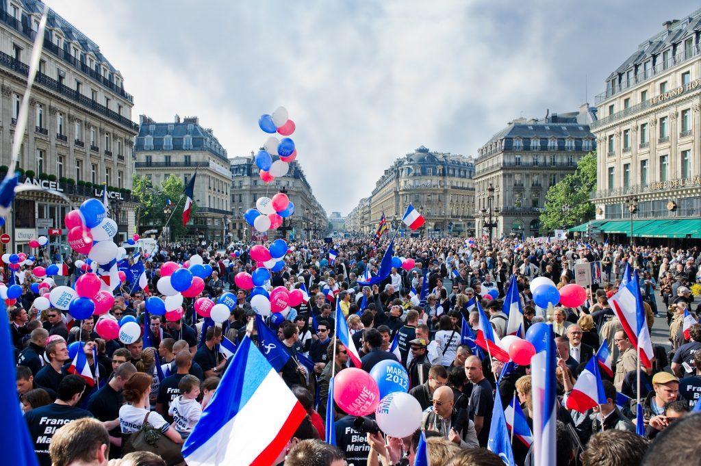F2_Schaeffer_Populismus Frankreich shutterstock_192884339